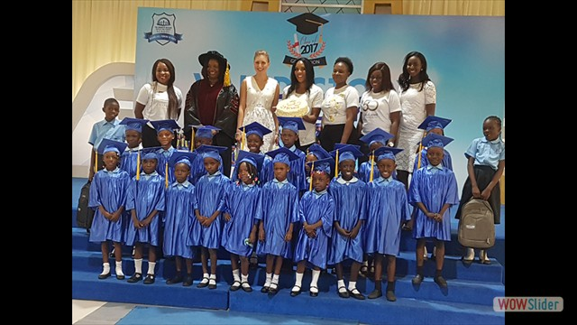 Pupils With Partners of the InnerCity Mission - Oriflame Nigeria